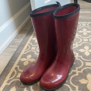 Women's size 8 red rain boots